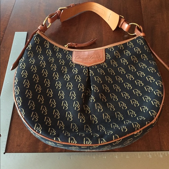 Dooney & Bourke Handbags - Dooney & Bourke handbag
